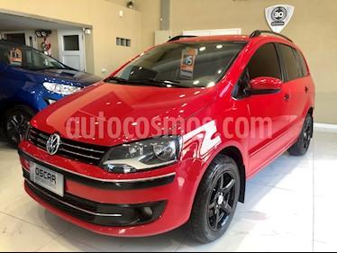 Foto Volkswagen Suran 1.6 Comfortline usado (2015) color Rojo Tornado precio $489.000