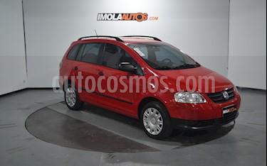 Volkswagen Suran 1.6 Comfortline usado (2009) color Rojo Syrah precio $270.000