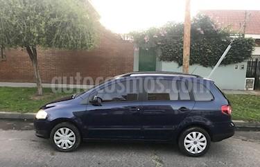 Volkswagen Suran 1.6 Comfortline usado (2009) color Azul Indigo precio $330.000