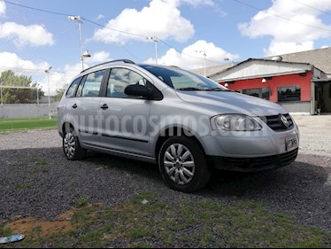 Volkswagen Suran 1.6 Comfortline Plus usado (2010) color Gris Off-Road precio $220.000