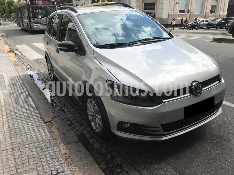 Volkswagen Suran 1.6 Track usado (2018) color Plata precio $1.250.000