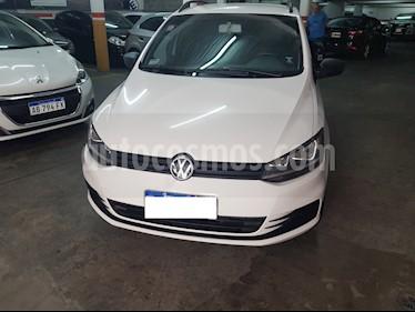 Volkswagen Suran 1.6 Comfortline usado (2016) color Blanco Cristal precio $690.000