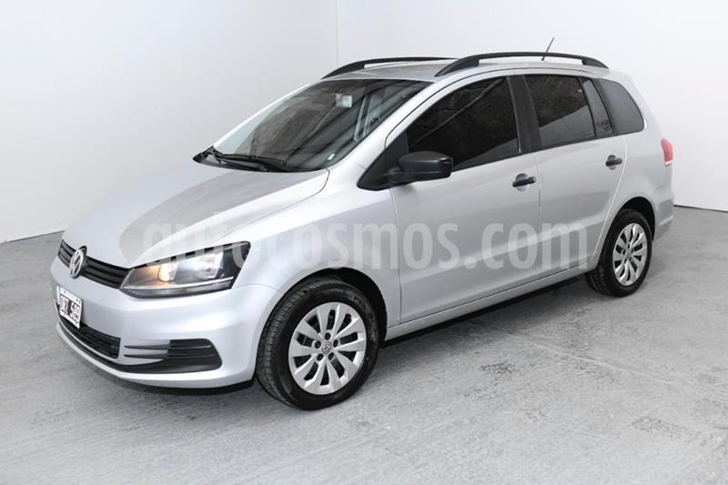 foto Volkswagen Suran 1.6 Comfortline usado (2015) color Gris Claro precio $870.000