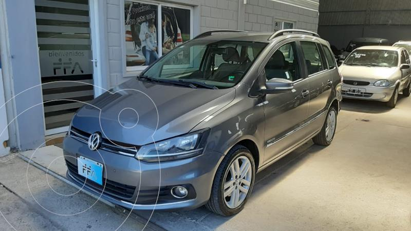 Volkswagen Suran 1.6 Highline Plus usado (2015) color Gris Oscuro precio $1.049.000