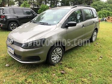 Volkswagen Suran 1.6 Comfortline usado (2017) color Gris precio $570.000