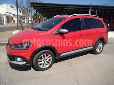Foto venta Auto usado Volkswagen Suran Cross 1.6 Highline (2015) color Rojo precio $505.000