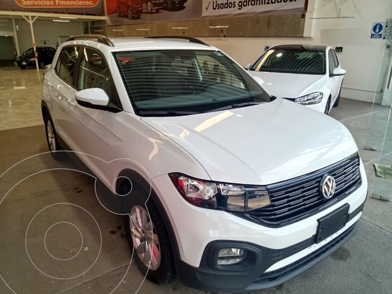 Foto Volkswagen T-Cross Trendline Aut usado (2020) color Plata precio $339,000