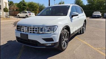 Foto Volkswagen Tiguan Comfortline 5 Asientos Piel usado (2019) color Blanco precio $369,800