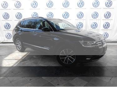 Foto venta Auto usado Volkswagen Tiguan Comfortline 5 Asientos Piel (2018) color Negro Profundo precio $389,000