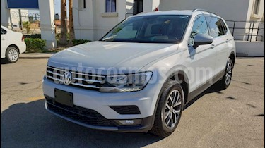 Foto venta Auto usado Volkswagen Tiguan Comfortline 5 Asientos Piel (2018) color Blanco precio $339,900