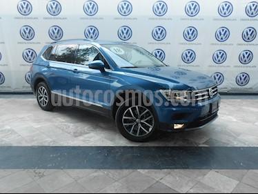 Foto Volkswagen Tiguan Comfortline 5 Asientos Piel usado (2018) color Azul precio $379,000