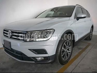 Foto venta Auto usado Volkswagen Tiguan Comfortline 5 Asientos Piel (2018) color Blanco precio $390,000