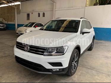 Foto venta Auto usado Volkswagen Tiguan Comfortline 5 Asientos Piel (2019) color Blanco precio $389,900