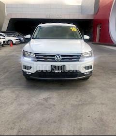 Foto venta Auto usado Volkswagen Tiguan Comfortline 5 Asientos Piel (2018) color Blanco precio $369,000