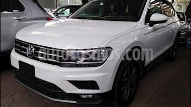 Volkswagen Tiguan Comfortline 5 Asientos Piel usado (2019) color Blanco precio $389,900