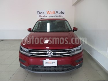 Foto venta Auto usado Volkswagen Tiguan Comfortline 7 Asientos Tela (2018) color Rojo Rubi precio $397,869