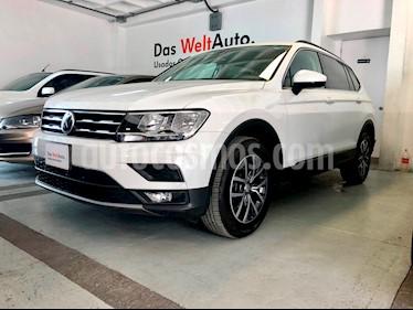 Foto venta Auto usado Volkswagen Tiguan Comfortline 7 Asientos Tela (2018) color Blanco precio $400,000