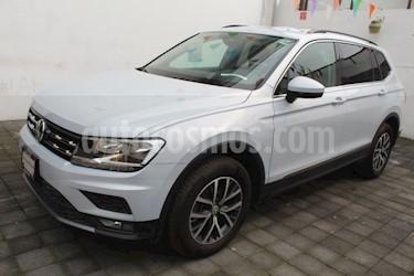 Volkswagen Tiguan Comfortline 7 Asientos Tela usado (2018) color Blanco precio $385,000