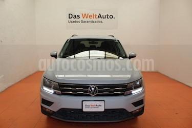 Foto venta Auto usado Volkswagen Tiguan Comfortline 7 Asientos Tela (2018) color Plata precio $395,000