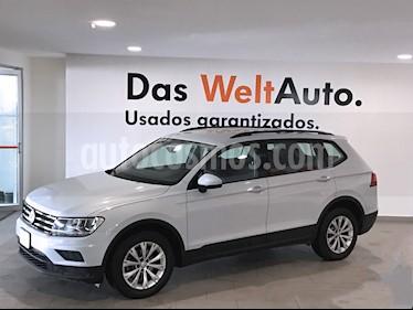 Foto venta Auto usado Volkswagen Tiguan Comfortline 7 Asientos Tela (2018) color Gris precio $389,000