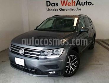 Foto venta Auto usado Volkswagen Tiguan Comfortline 7 Asientos Tela (2018) color Gris precio $410,000