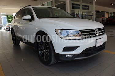 Volkswagen Tiguan Comfortline 7 Asientos Tela usado (2019) color Blanco precio $425,000