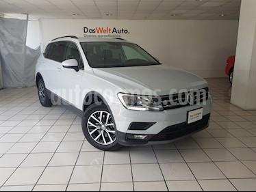 Foto venta Auto Seminuevo Volkswagen Tiguan Comfortline 7 Asientos Tela (2018) color Blanco Platinado precio $404,900