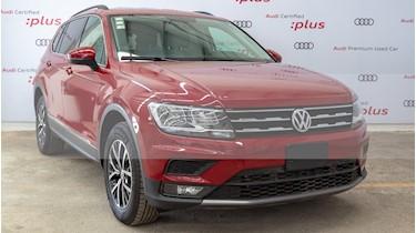 Foto venta Auto usado Volkswagen Tiguan Comfortline 7 Asientos Tela (2018) color Rojo Rubi precio $420,000