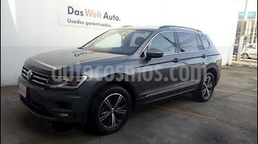 Foto venta Auto usado Volkswagen Tiguan Comfortline 7 Asientos Tela (2019) color Gris precio $459,999