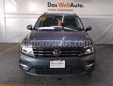 Foto venta Auto Seminuevo Volkswagen Tiguan Comfortline (2018) color Negro Profundo precio $409,000