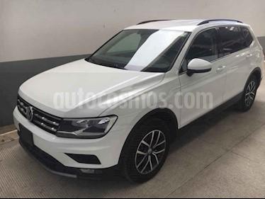 Foto venta Auto usado Volkswagen Tiguan Comfortline (2018) color Blanco precio $358,000