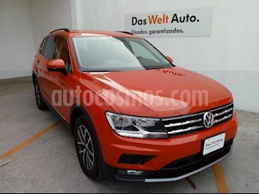 Foto venta Auto usado Volkswagen Tiguan Comfortline (2018) color Naranja precio $379,000