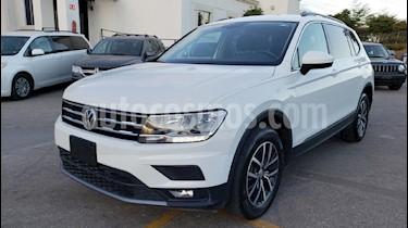 Foto venta Auto usado Volkswagen Tiguan Comfortline (2018) color Blanco precio $369,900