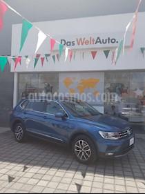 Foto venta Auto Seminuevo Volkswagen Tiguan Comfortline (2018) color Azul precio $430,000