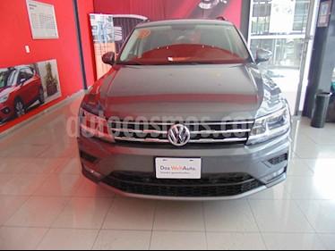 Foto venta Auto usado Volkswagen Tiguan Comfortline (2018) color Gris precio $370,000