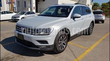 Foto venta Auto usado Volkswagen Tiguan Comfortline (2018) color Blanco precio $325,900