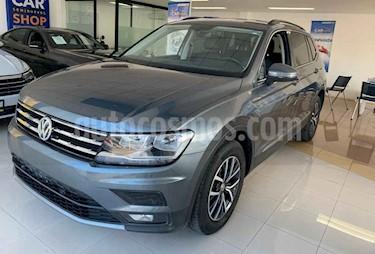 Foto venta Auto usado Volkswagen Tiguan Comfortline (2018) color Gris precio $387,900