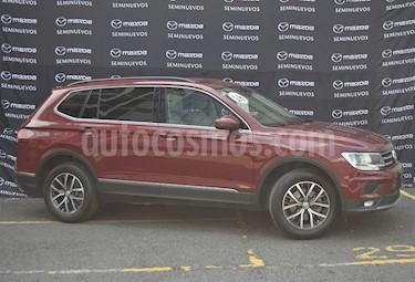Foto Volkswagen Tiguan Comfortline usado (2018) color Rojo Rubi precio $360,000