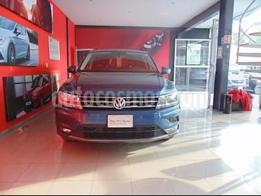 Foto venta Auto usado Volkswagen Tiguan Comfortline (2018) color Azul precio $365,000