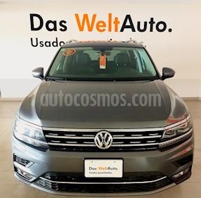 Foto Volkswagen Tiguan Highline usado (2018) color Gris Platino precio $465,000