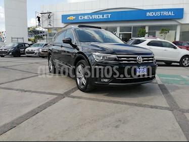 Foto venta Auto usado Volkswagen Tiguan Highline (2018) color Negro precio $509,000