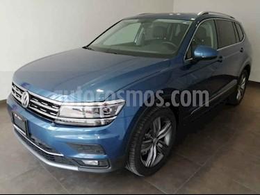 Volkswagen Tiguan Highline usado (2019) color Azul precio $518,000