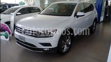 Volkswagen Tiguan Highline usado (2018) color Blanco precio $565,538