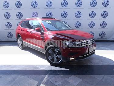 Foto venta Auto usado Volkswagen Tiguan Highline (2018) color Rojo Rubi precio $549,000