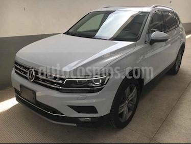 Foto Volkswagen Tiguan Highline usado (2018) color Blanco precio $490,000
