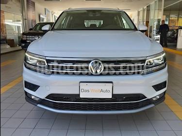 Volkswagen Tiguan Highline usado (2019) color Blanco precio $550,000