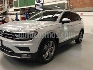 Foto venta Auto usado Volkswagen Tiguan Highline (2018) color Blanco precio $469,000