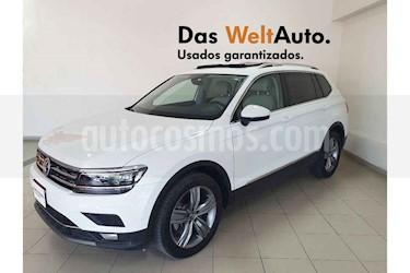 Foto Volkswagen Tiguan Highline usado (2019) color Blanco precio $518,266