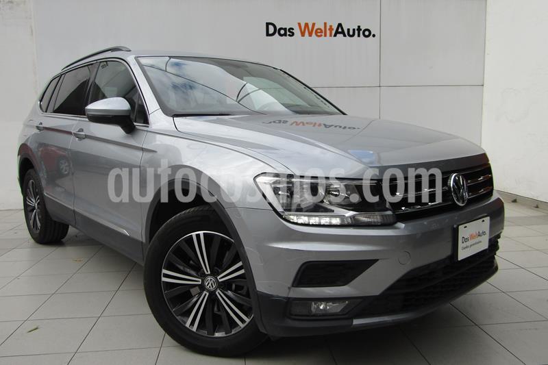 Volkswagen Tiguan Comfortline 5 Asientos Piel usado (2019) color Plata precio $419,000