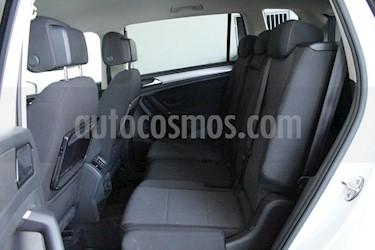 Volkswagen Tiguan Comfortline 7 Asientos Tela usado (2018) color Blanco precio $380,000